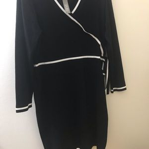*NWT* Beautiful black and white sweater dress